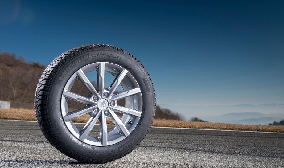 Cómo funciona un neumático (Parte I) : Las fuerzas a las que es sometido
