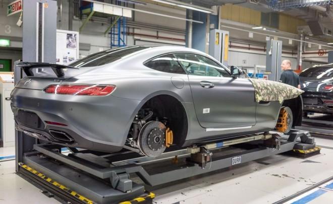 Así es y así se fabrica el Mercedes-AMG GT: Interesante galería de la línea de producción