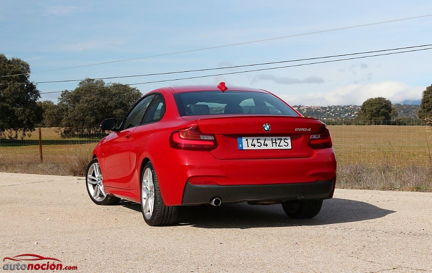 trasera bmw serie 2 coupe rojo