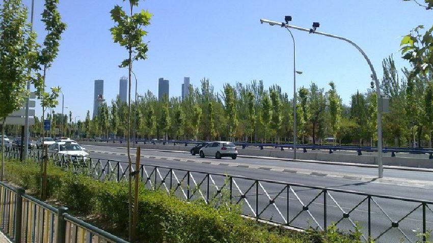 ¡Ojo!, las cámaras que multan en los semáforos no cumplen la normativa e invalidan la denuncia