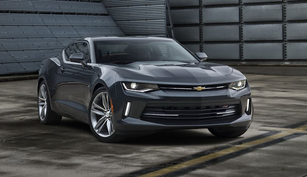 Chevrolet Camaro 2016: Tan americano como el pastel de manzana y ahora con nuevos motores de 2.0, 3.6 y 6.2 litros