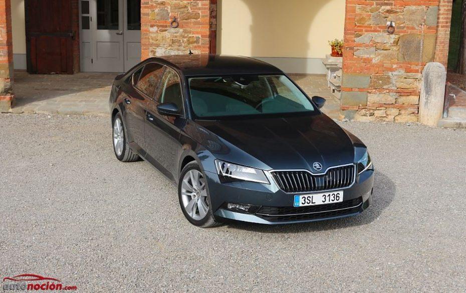 Contacto Škoda Superb 1.6 TDI 120 CV AMBITION: Justo en prestaciones, generoso en consumos