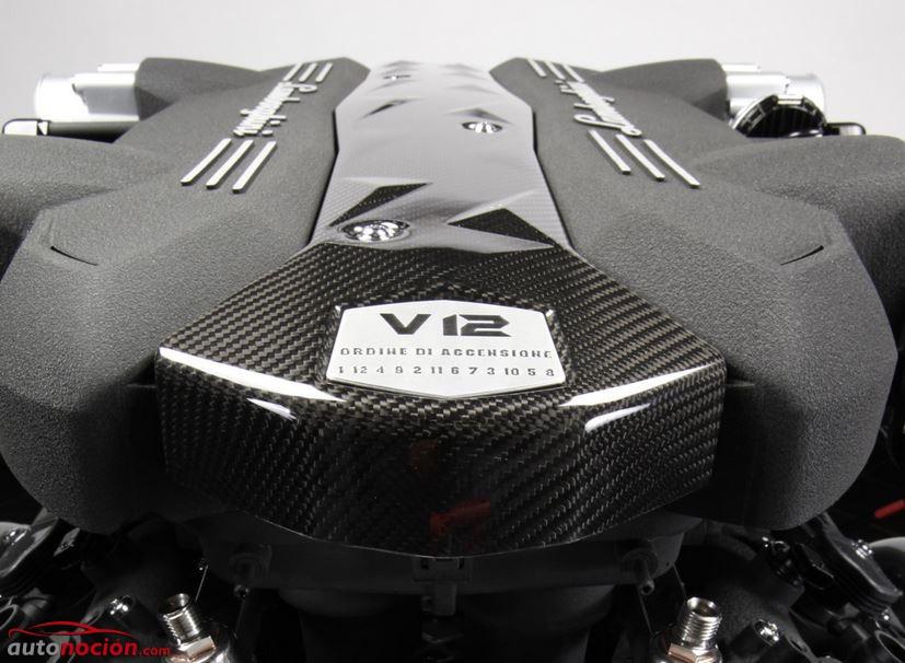 v12 aventador 2013