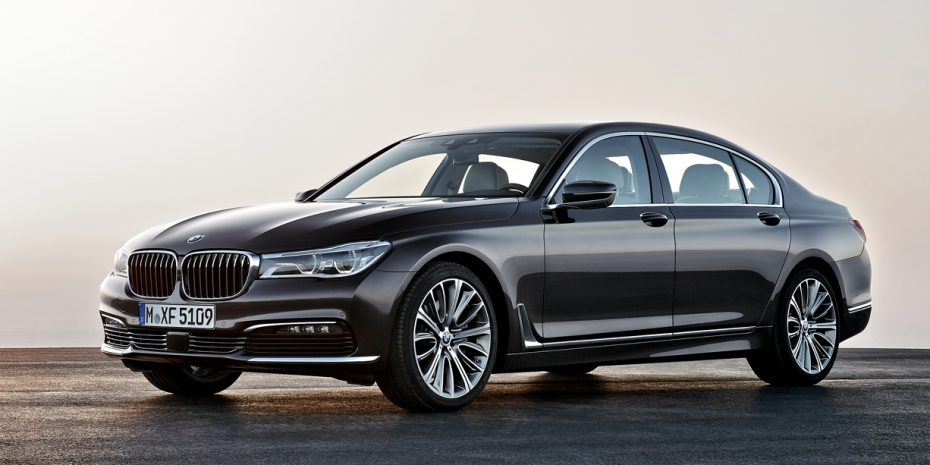 Oficial, nuevo BMW Serie 7: Máximo lujo y refinamiento con hasta 544 CV (mega galería de fotos)