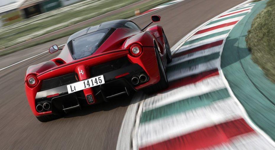 El LaFerrari a revisión: La NHTSA insta a Ferrari a efectuar la llamada
