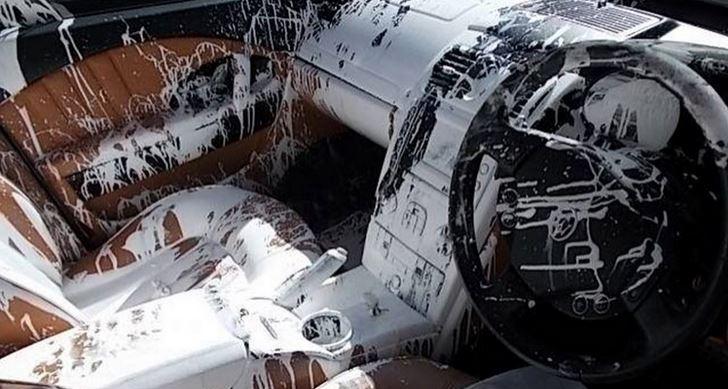 Declaran siniestro total su Maserati tras derramarse un bote de pintura en el interior…
