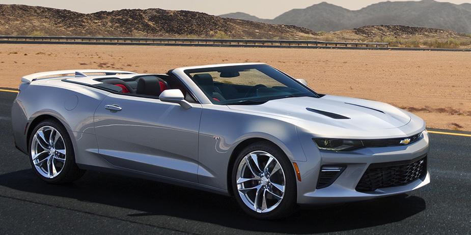 Oficial: Así es el nuevo Chevrolet Camaro Cabrio, la alternativa más real del Mustang