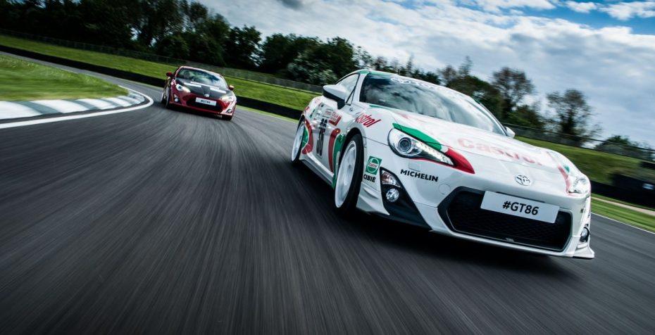 50 años de historia de Toyota en la competición reflejados en la piel de un grupo de GT-86