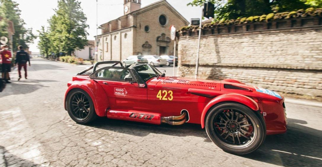 """Donkervoort D8 GTO """"1000 Miglia Edition"""": Un TFSI de 2.5 litros para mover 760 kg, ahora enfocados al """"confort"""""""