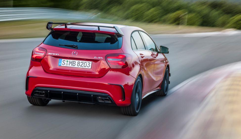 Mercedes-AMG A 45: Desde 149,54 euros el CV, el problema es que son 381… ¡Maldito dinero!