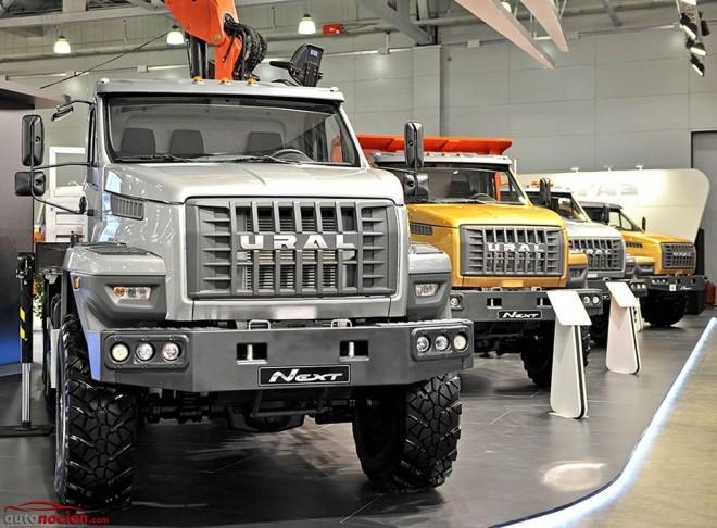 Los nuevos GAZ Ural Next te llevarán de la estepa rusa al fin del mundo (Y si no hay carretera, mejor)