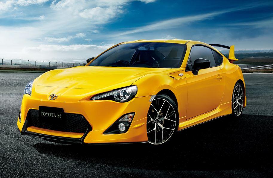 """Así es, el Toyota GT86 de Japón mola mucho más que el de Europa: Un ojo a la """"Yellow Limited Edition"""""""