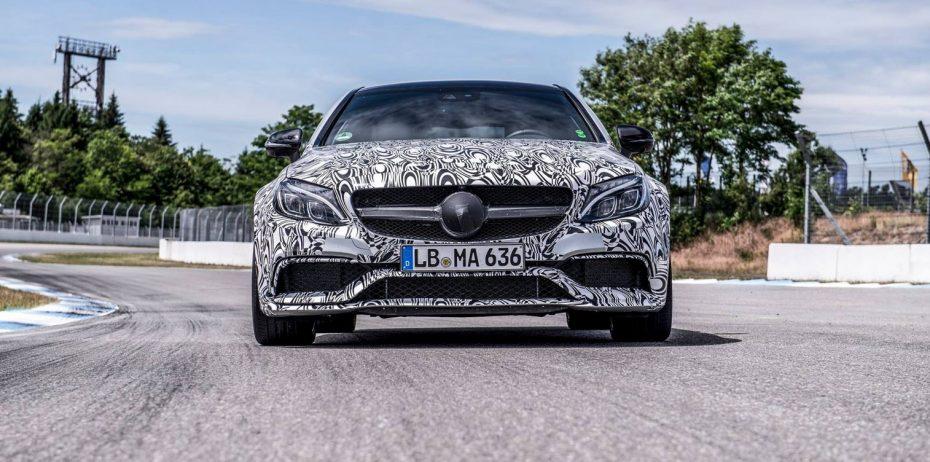 Mercedes-AMG C63 coupé: Primera imagen oficial, eso sí, totalmente camuflado