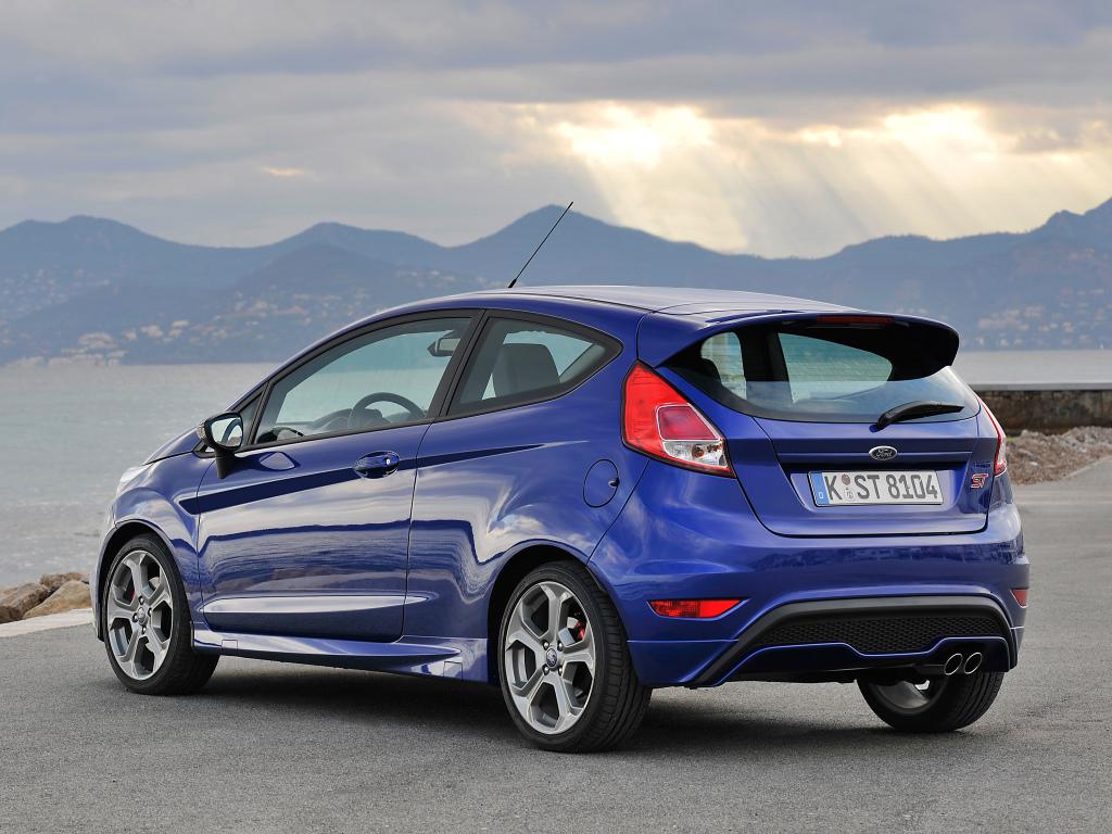Ford Fiesta St 182 : ahora el ford fiesta st con 182 cv a un precio muy ~ Pogadajmy.info Styles, Décorations et Voitures