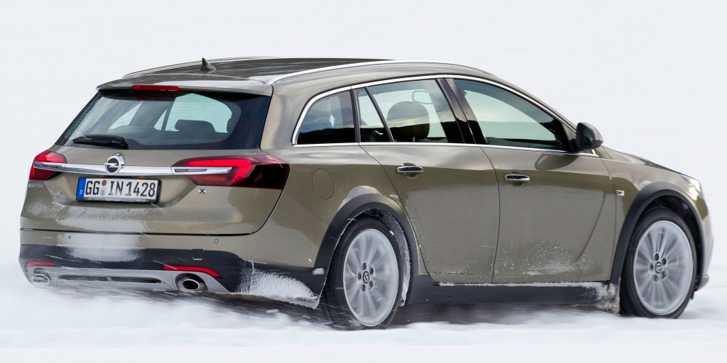 opel_insignia_country_tourer_14