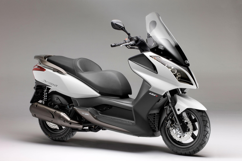 cu les son las motos m s vendidas en espa a ganan los scooter de 125cc por goleada. Black Bedroom Furniture Sets. Home Design Ideas