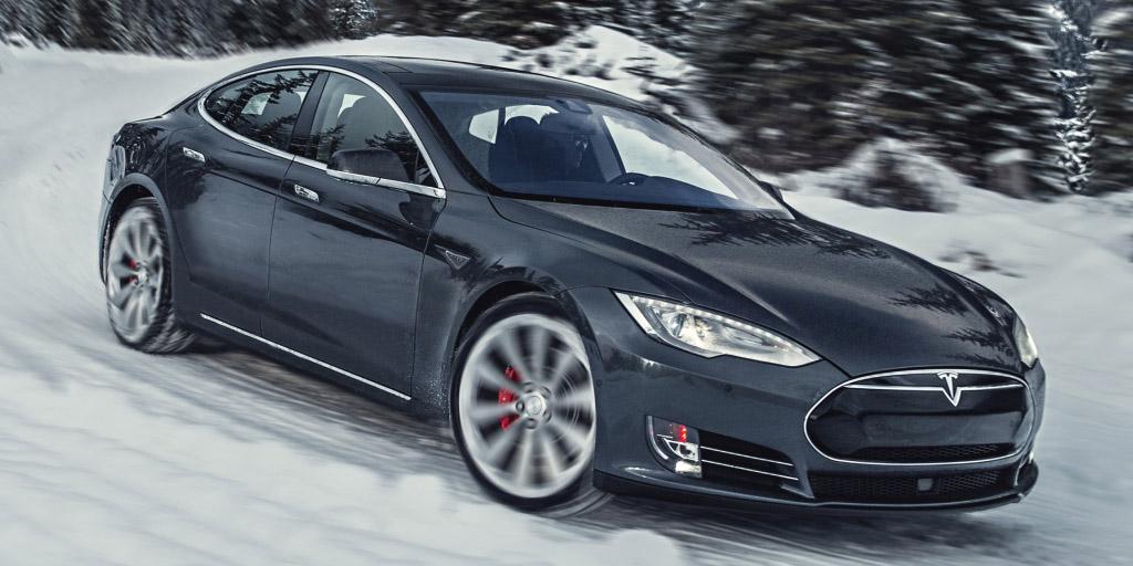 Nuevos paquetes de potencia y batería para el Tesla Model S: De 0 a 100 km/h en 2,9 segundos con más autonomía