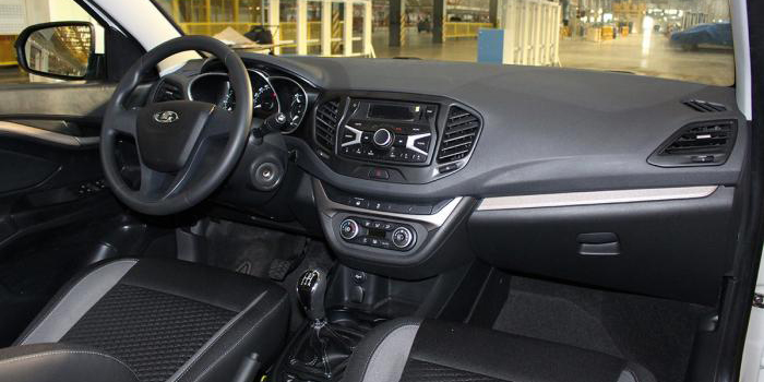Primera imagen del interior del Lada Vesta de producción: El mejor modelo de VAZ hasta la fecha