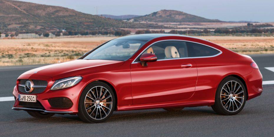 Ya es oficial: Aquí tienes el nuevo Mercedes Clase C Coupé, estilo, elegancia y deportividad