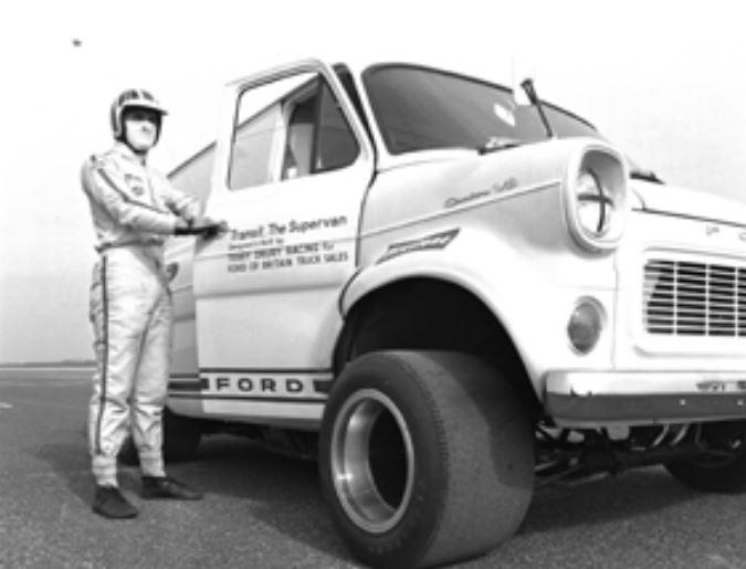 La Transit cumple 50 años: ¿Sabías que había una basada en un Ford GT40?
