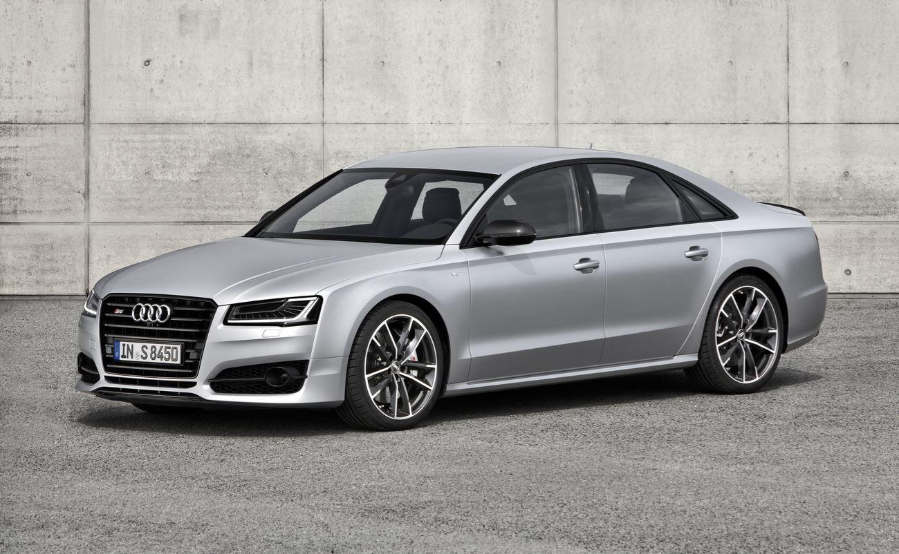 Audi S8 plus 11