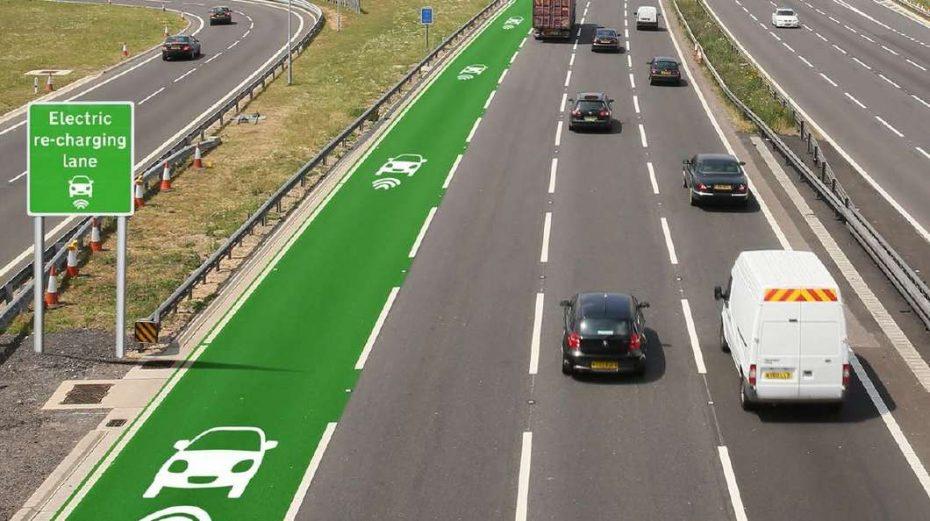 ¿Autopistas que recargan la batería de los coches eléctricos en movimiento? Pronto lo veremos en Inglaterra