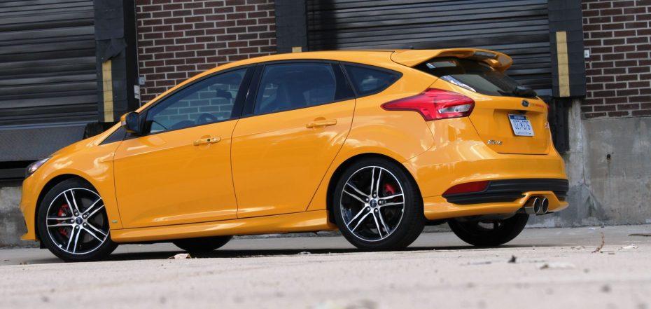 El Ford Focus ST recibe un kit Mountune: 275 CV y 401 Nm de par para el motor EcoBoost 2.0 de Ford