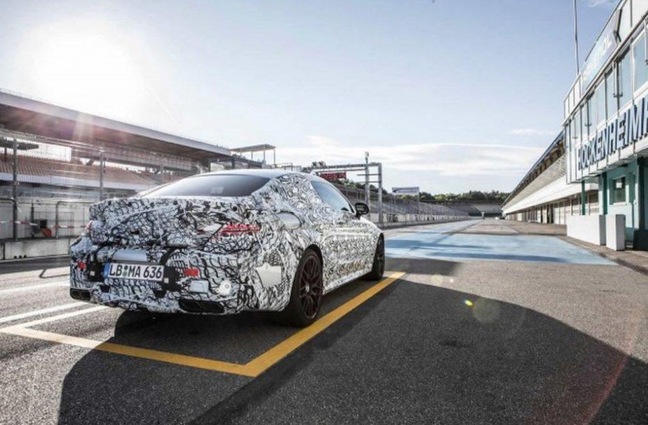Nuevo teaser del Mercedes-AMG C63 coupé: Ya queda menos para conocer el aspecto de la bestia