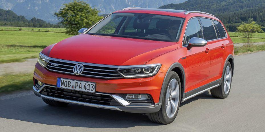 Volkswagen para la planta de Emden ante la caída en la demanda del Passat