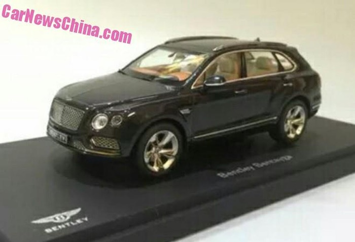 Bentley Bentayga miniatura (1)