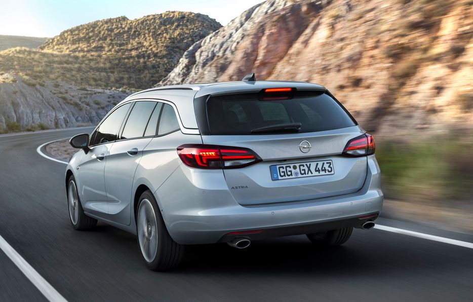 Opel Astra Sports Tourer 8