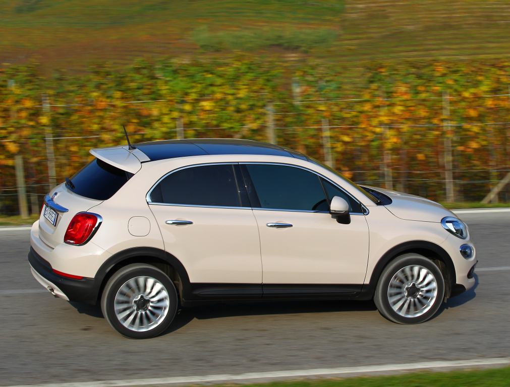el fiat 500x ya tiene versi n di sel de acceso s lo 95 cv para el crossover b sico. Black Bedroom Furniture Sets. Home Design Ideas