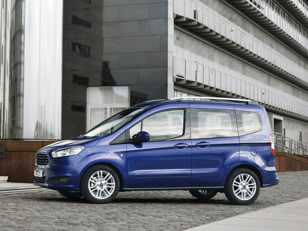 ford_tourneo_courier_8