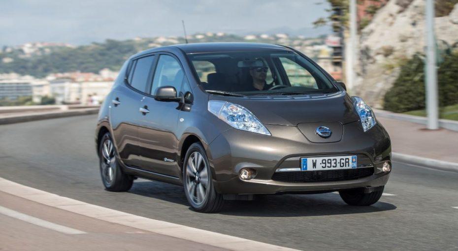 El Nissan LEAF recibe una nueva batería de 30 kWh: La autonomía ahora es de 250 km