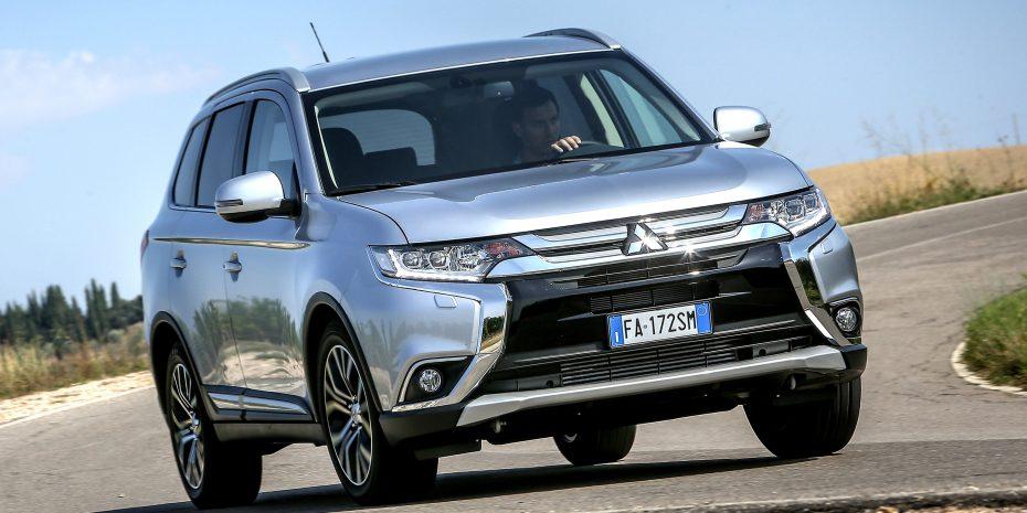 El Mitsubishi Outlander estrena motor de gasolina: Muy barato de adquirir, con cambio automático de serie