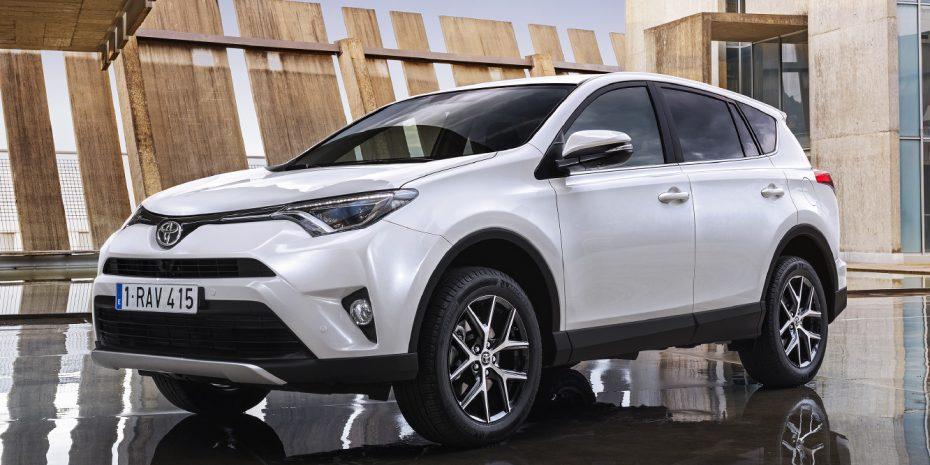 Todos los precios del nuevo Toyota RAV4: El híbrido llegará en 2016