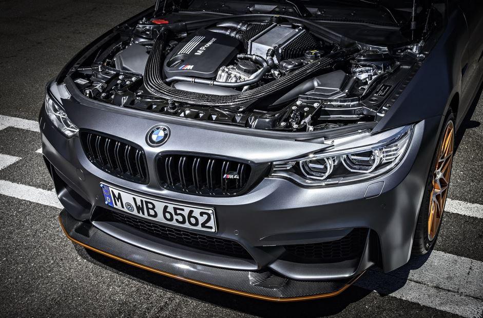 BMW M4 GTS 40