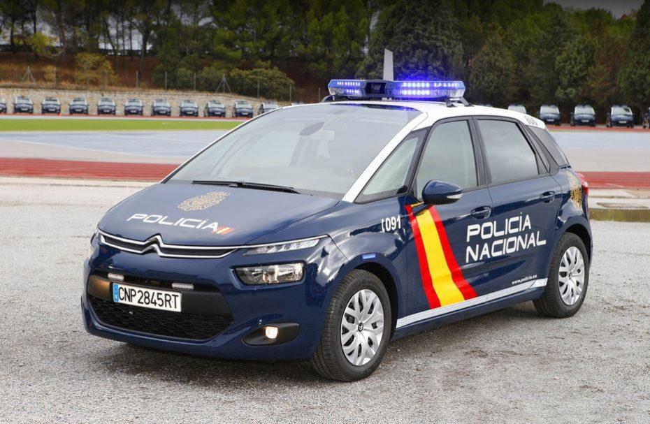 Citroën C4 Picasso BlueHDi 120 S&S EAT6: La Policía Nacional cree que es el coche perfecto, ¿Tú qué opinas?