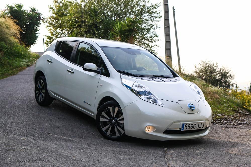 Nissan LEAF 30 kWh (47)