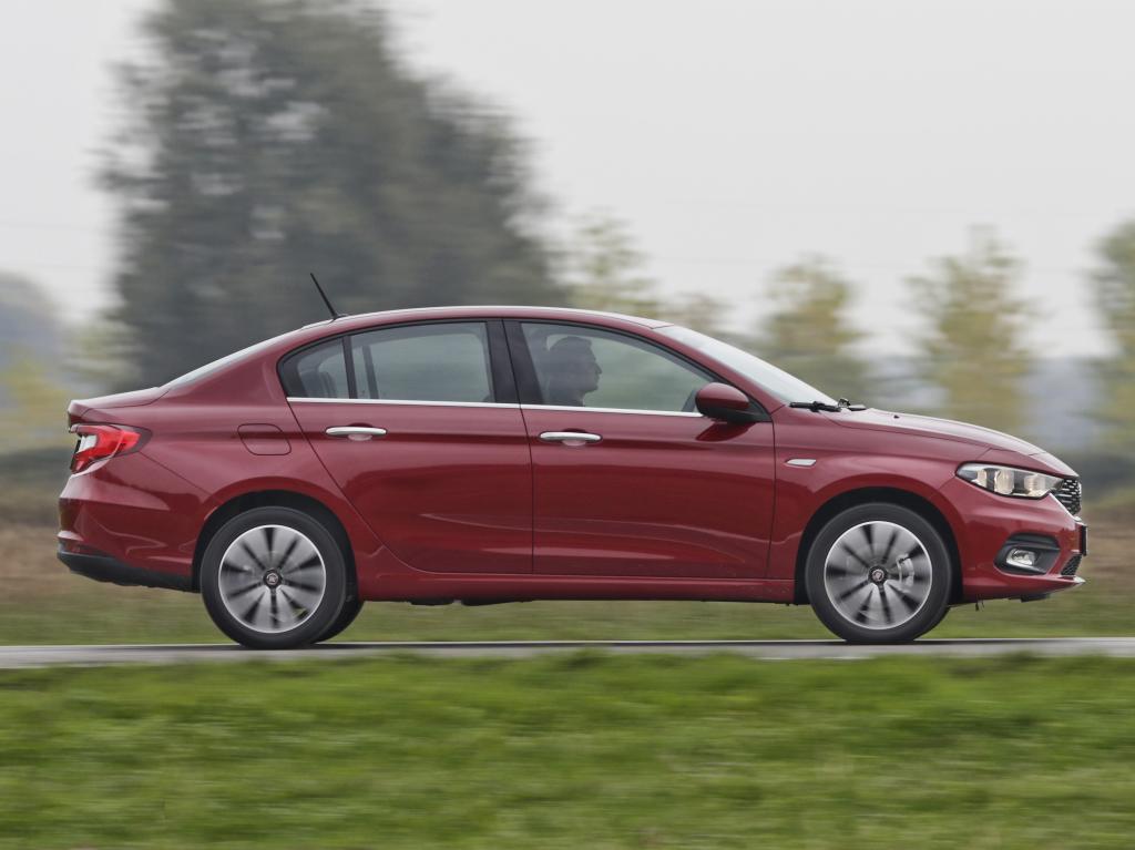 Ventas de las novedades más recientes durante diciembre: El Fiat Tipo se estrena