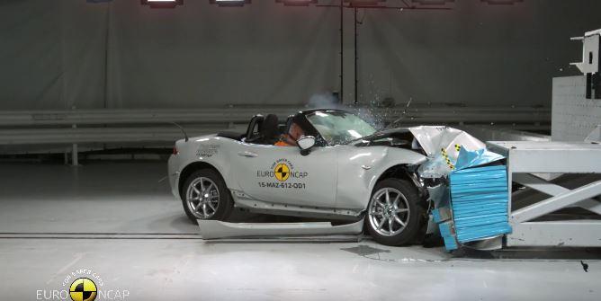 La cuarta generación del Mazda MX-5 obtiene 4 estrellas en las pruebas de choque: ¡Malditas asistencias!
