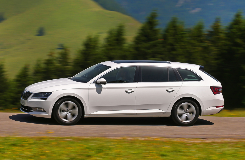 skoda_superb_combi_greenline_25