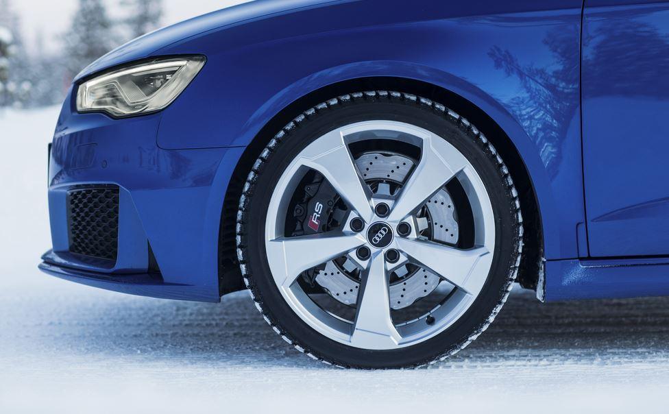Amarás resaltos y baches gracias a los amortiguadores electromecánicos recuperadores de energía de Audi…