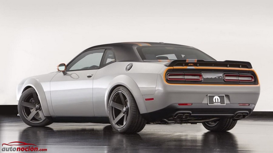 Dodge Challenger GT AWD (2)