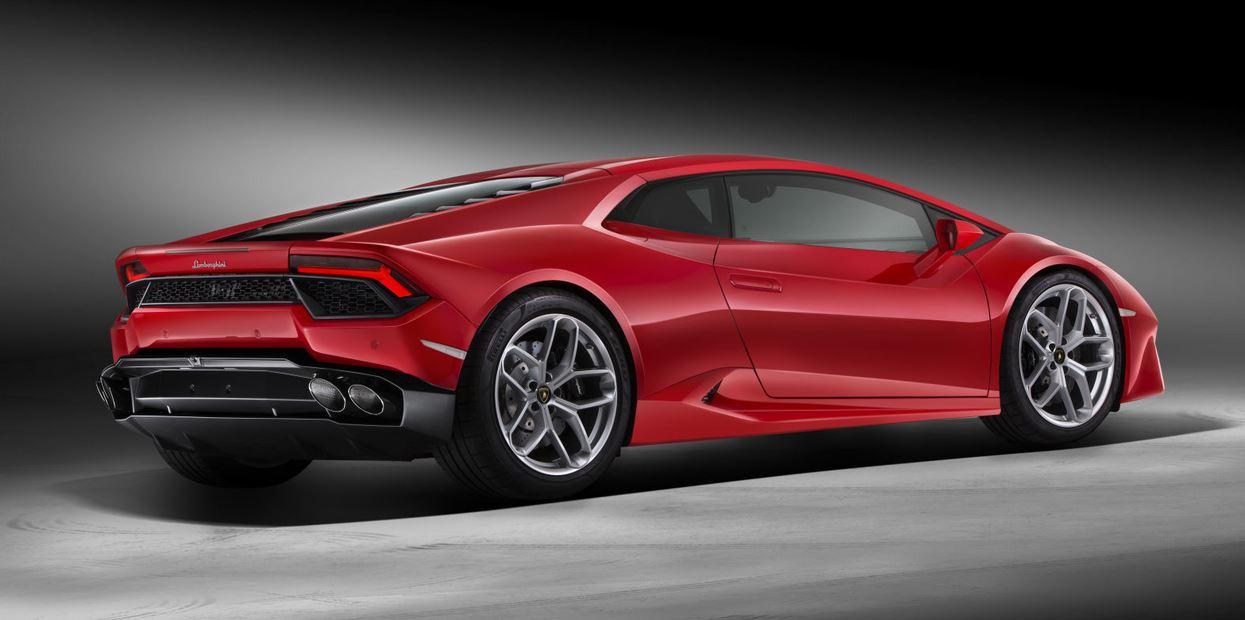 Lamborghini LP580-2: El formato tracción trasera ofrece sensaciones más viscerales…