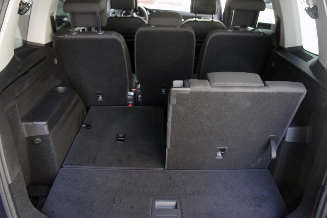 Opini n y prueba nuevo volkswagen touran 2 0 tdi 150 cv for Interior touran