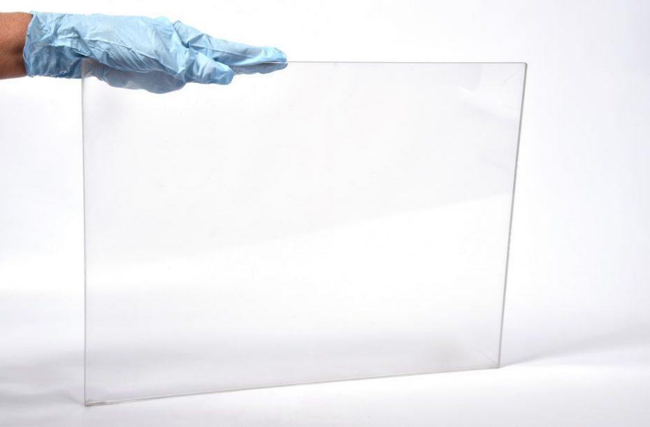 Ojo a este material: Tan resistente como un blindaje, tan ligero como el aluminio y además, es transparente…