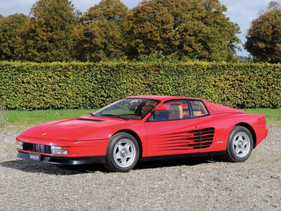 Y tú, ¿eres de los que opinan que el 'corazón' del Ferrari Testarossa es un V12 o un bóxer 12 cilindros?