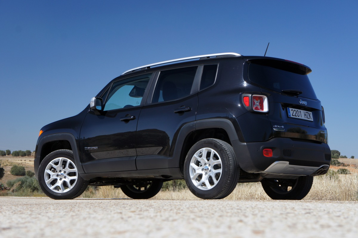 prueba jeep renegade 2 0 mjt 140 cv 4 u00d74 limited  el mejor de su especie