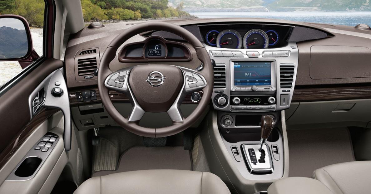 Nuevo Ssangyong Rodius My2016 Estrena Motor Diesel Con 178 Cv Y